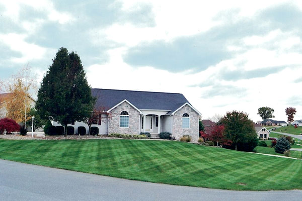 Lawn Care, Lawn Mowing Services - Landscaping Services in Chambersburg & Shippensburg, PA