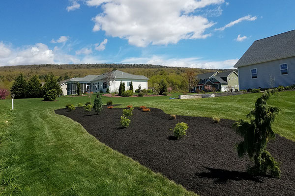 Mulching & Lawn Care Services in Chambersburg & Shippensburg, PA